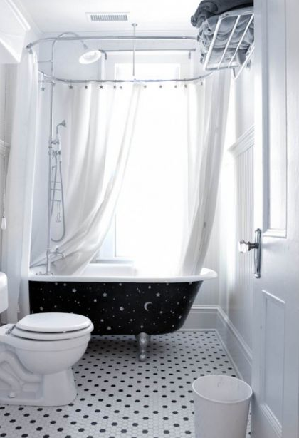 traditional bathroom by Rikki Snyder