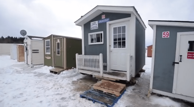 Ice fishing shack kicked out of MLS, but still generating publicity for agent