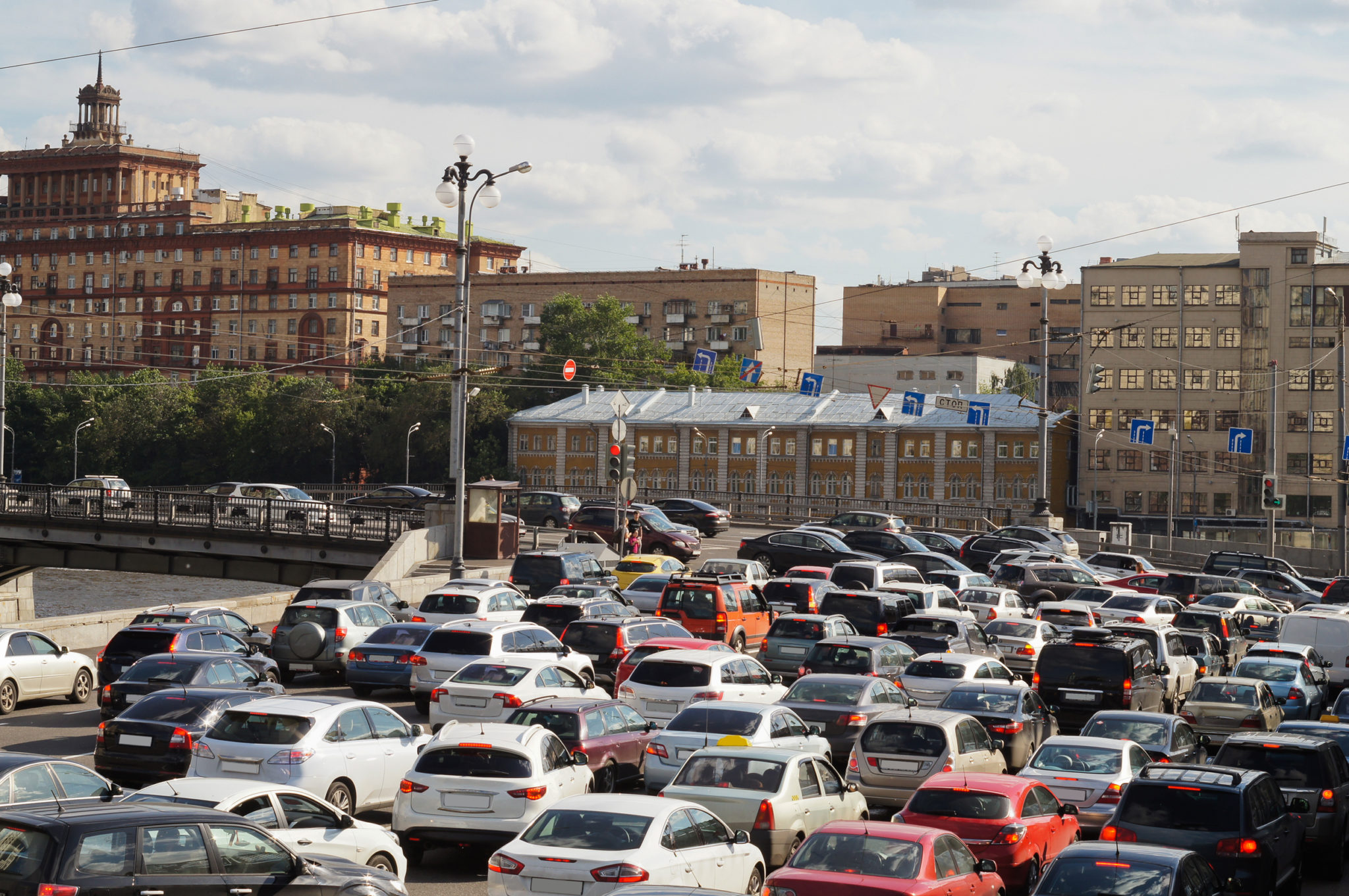 INRIX, cdcom partner to help Russian drivers navigate increasingly clogged roads