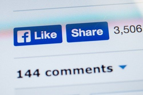 A 5-minute Facebook listing promotion your friends will actually 'like'