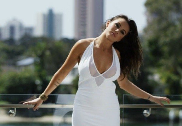 Model Allira Cohrs' breasts star in luxury listing video