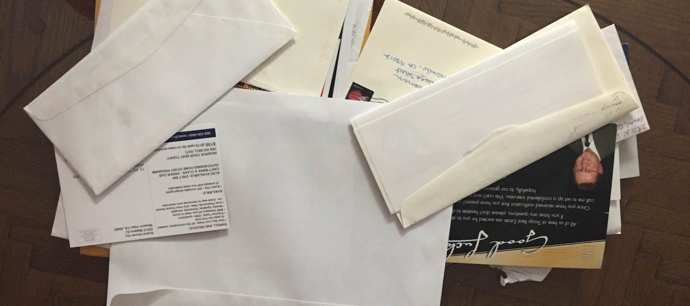 Create real estate recruiting mail that won't get tossed