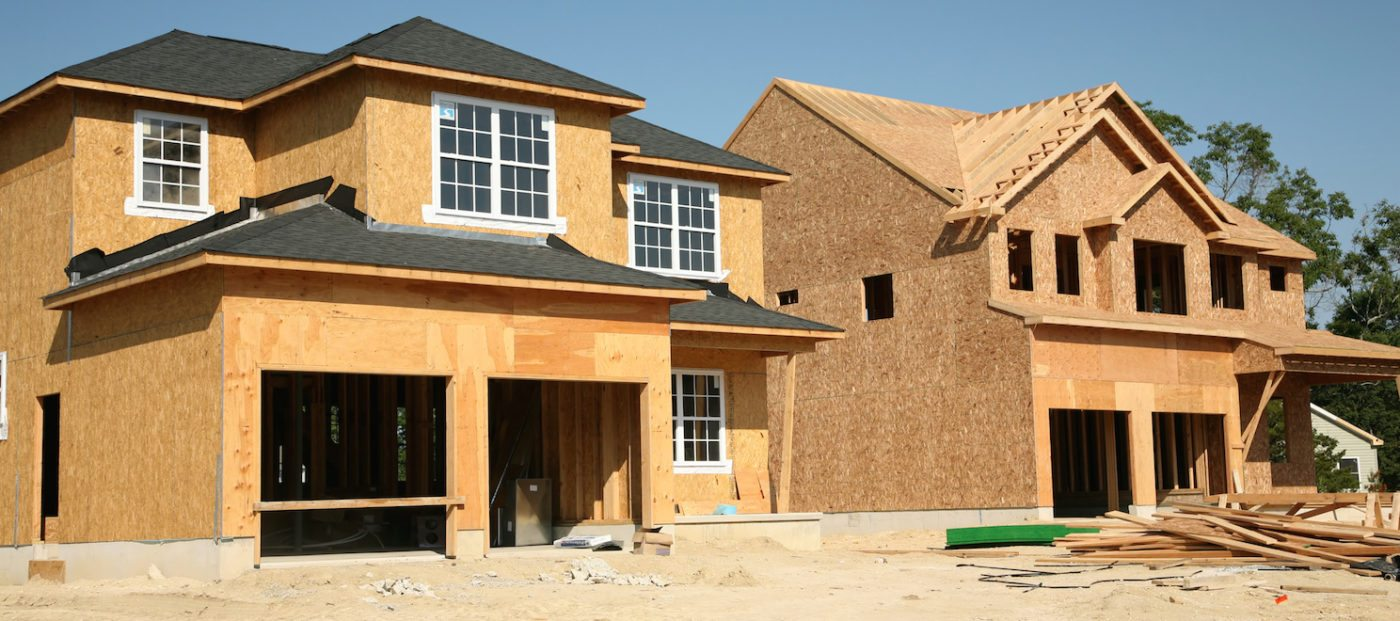 Homebuilders lose confidence in March, but place faith in strong spring