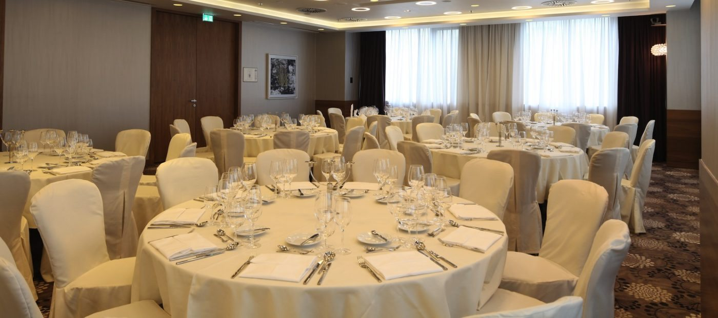 Why catering halls trump restaurants for any corporate event