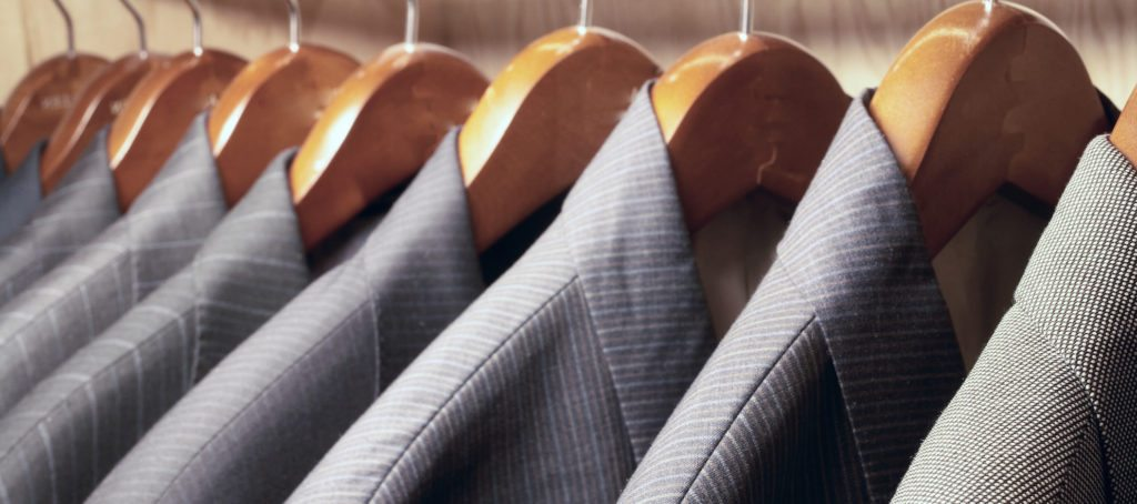 When should you wear a suit to a real estate appointment?
