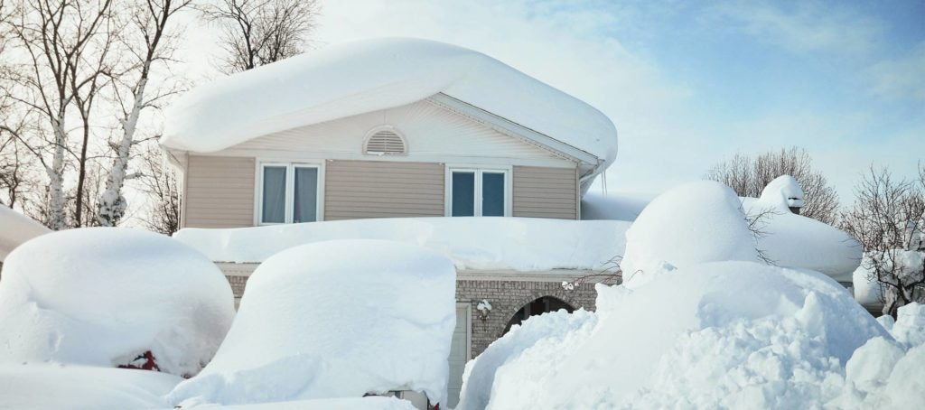 'Tis the season: Helping to sell homes during the winter