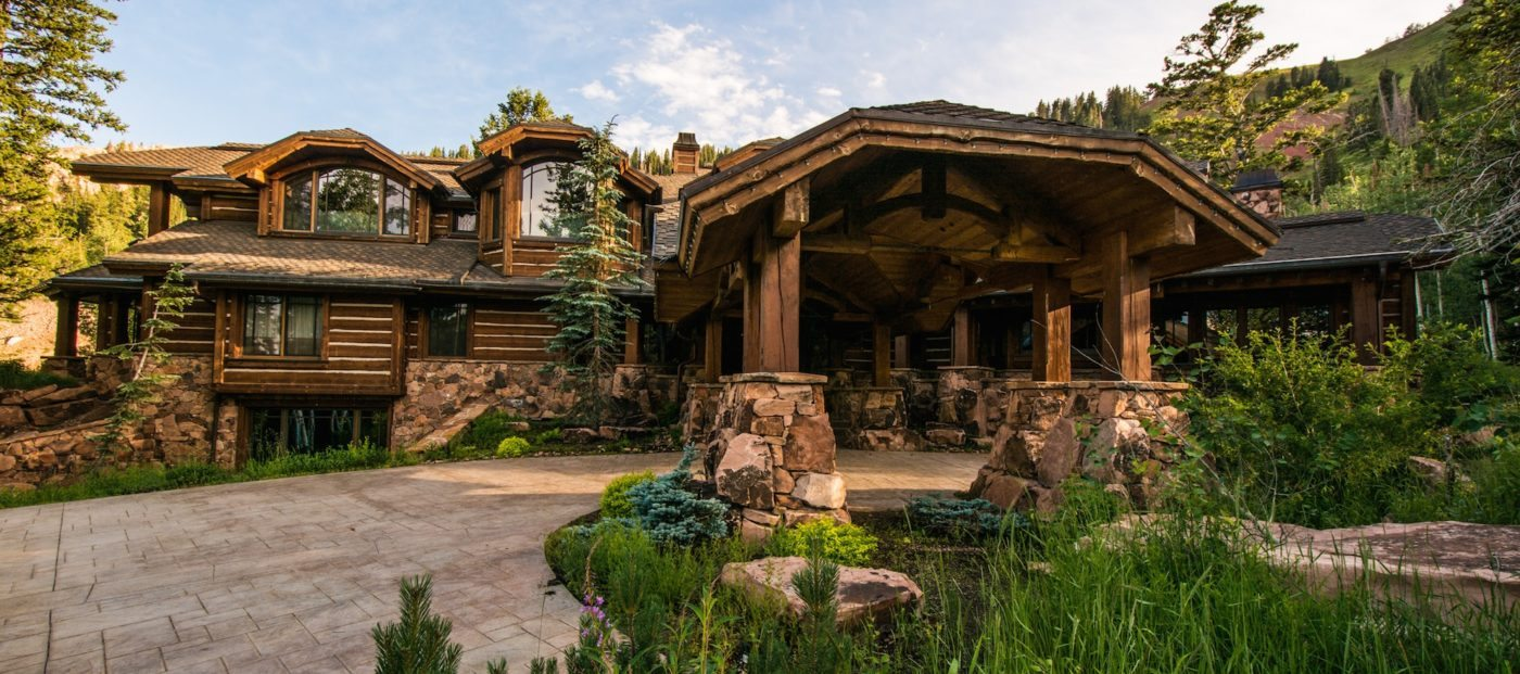 Luxury listing of the day: Log cabin in Park City, Utah