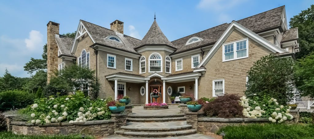 Luxury listing of the day: 8-bedroom estate in Ridgewood, N.J.