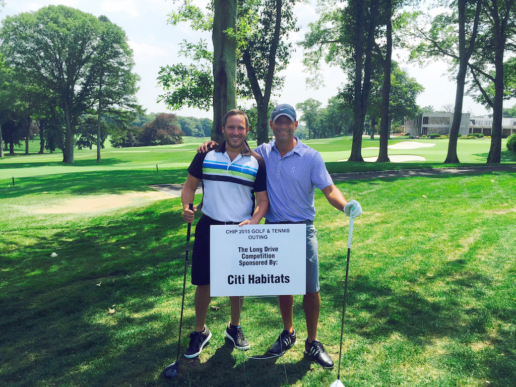 Gary Malin Golfing 1