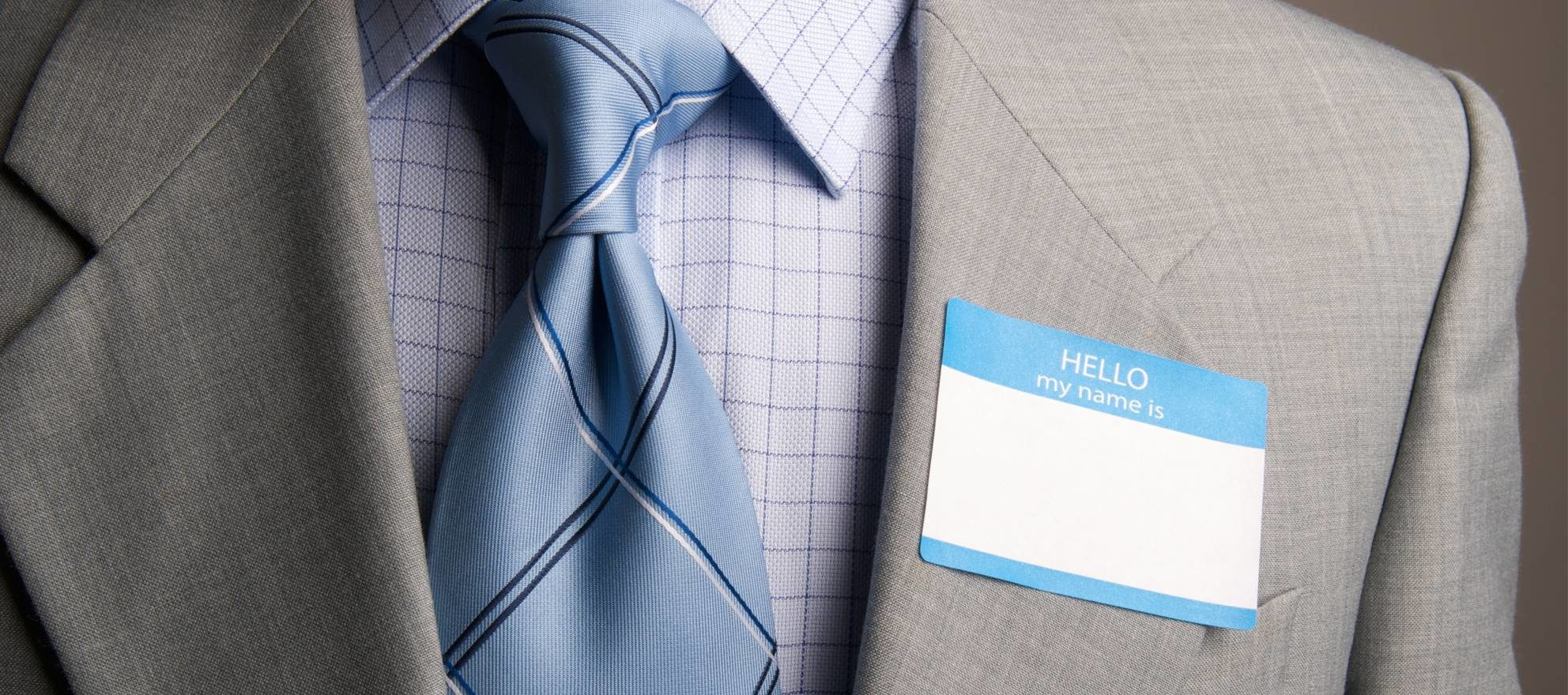 Should agents wear name tags?