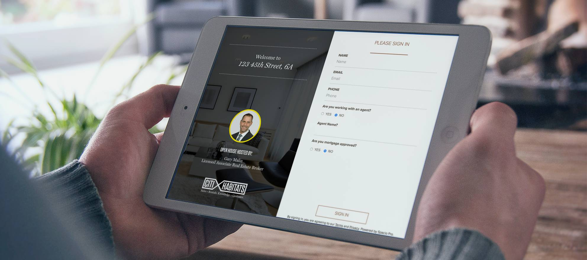 Open house iPad app Spacio Pro can show off RealSatisfied agent testimonials