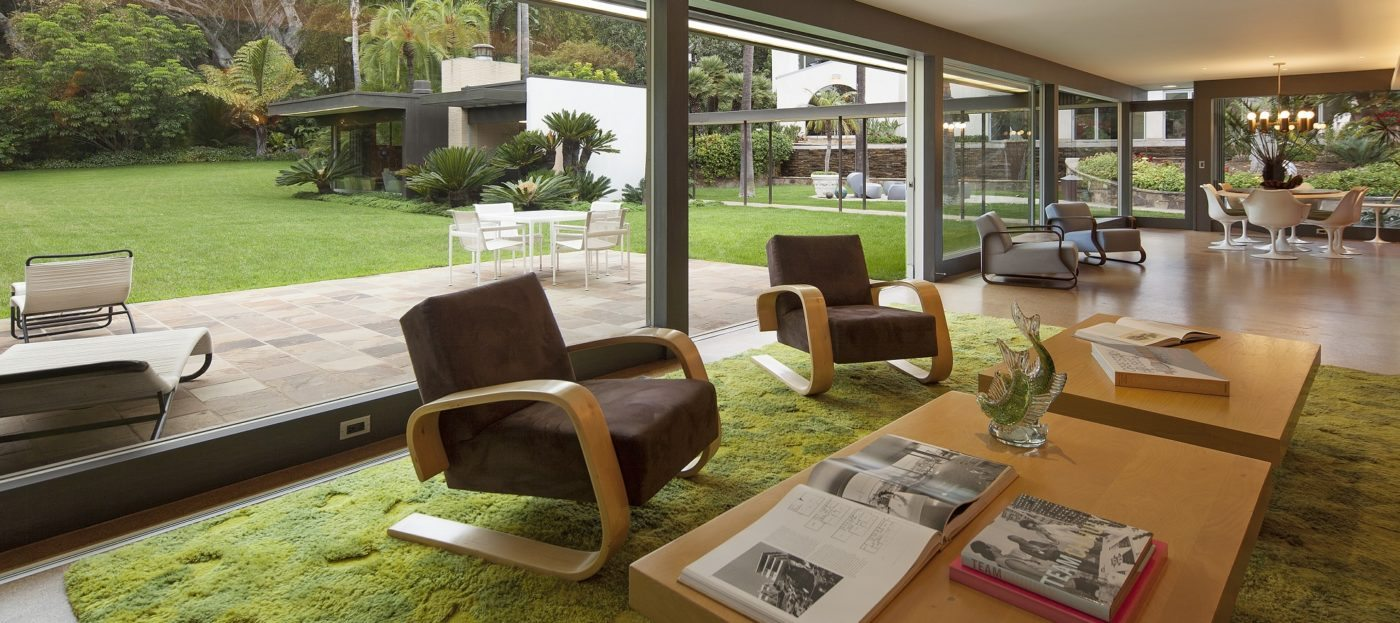 Luxury Listing: Energy efficient mid-century modern estate