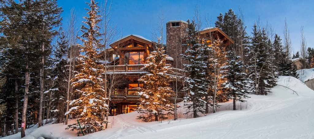 Luxury listing of the day: Ski-in mountain retreat at Deer Valley Resort, Utah