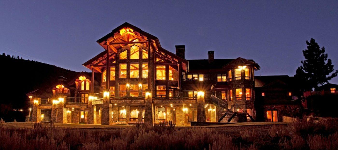 Luxury listing: Mammoth Lake log cabin estate