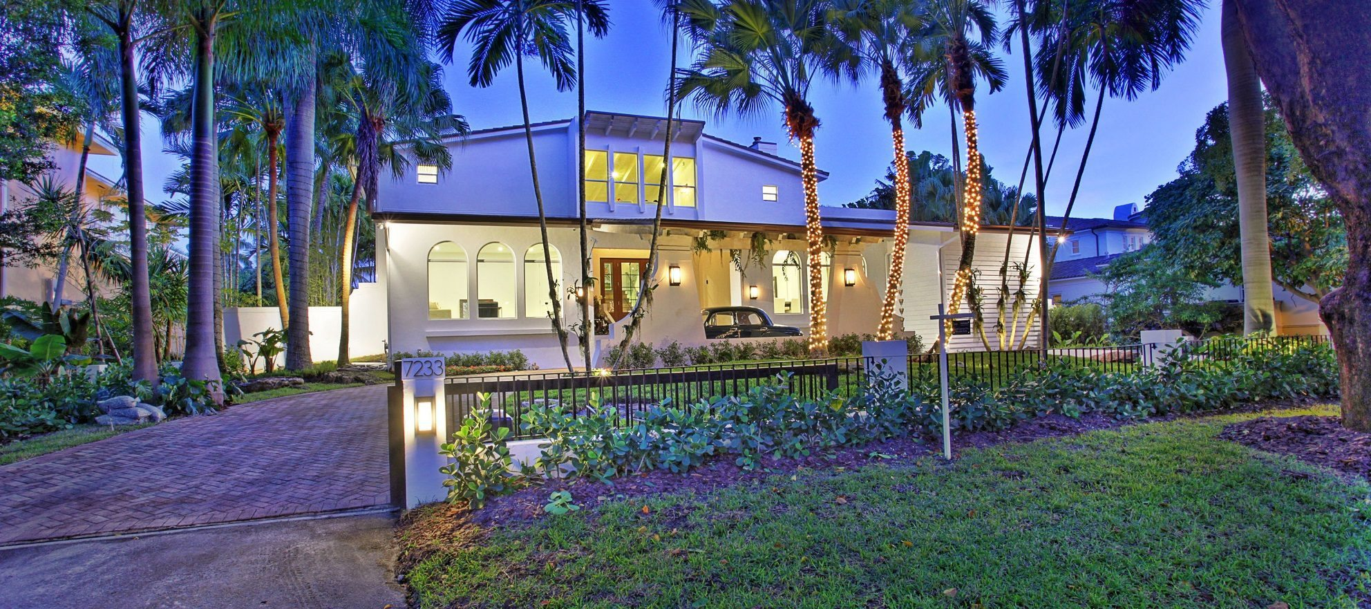 Luxury listing: Sleek and modern in Coral Gables