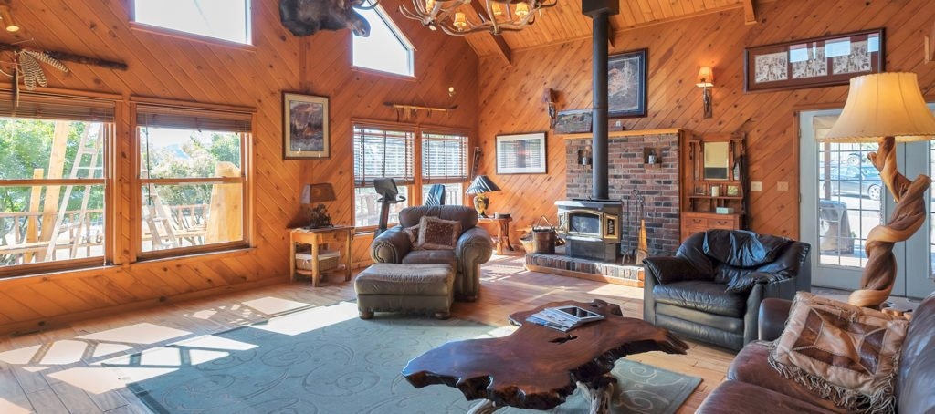 Luxury listing of the day: Equestrian escape in Yamhill, Ore.