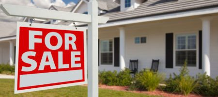 Pending home sales drop 2.6%