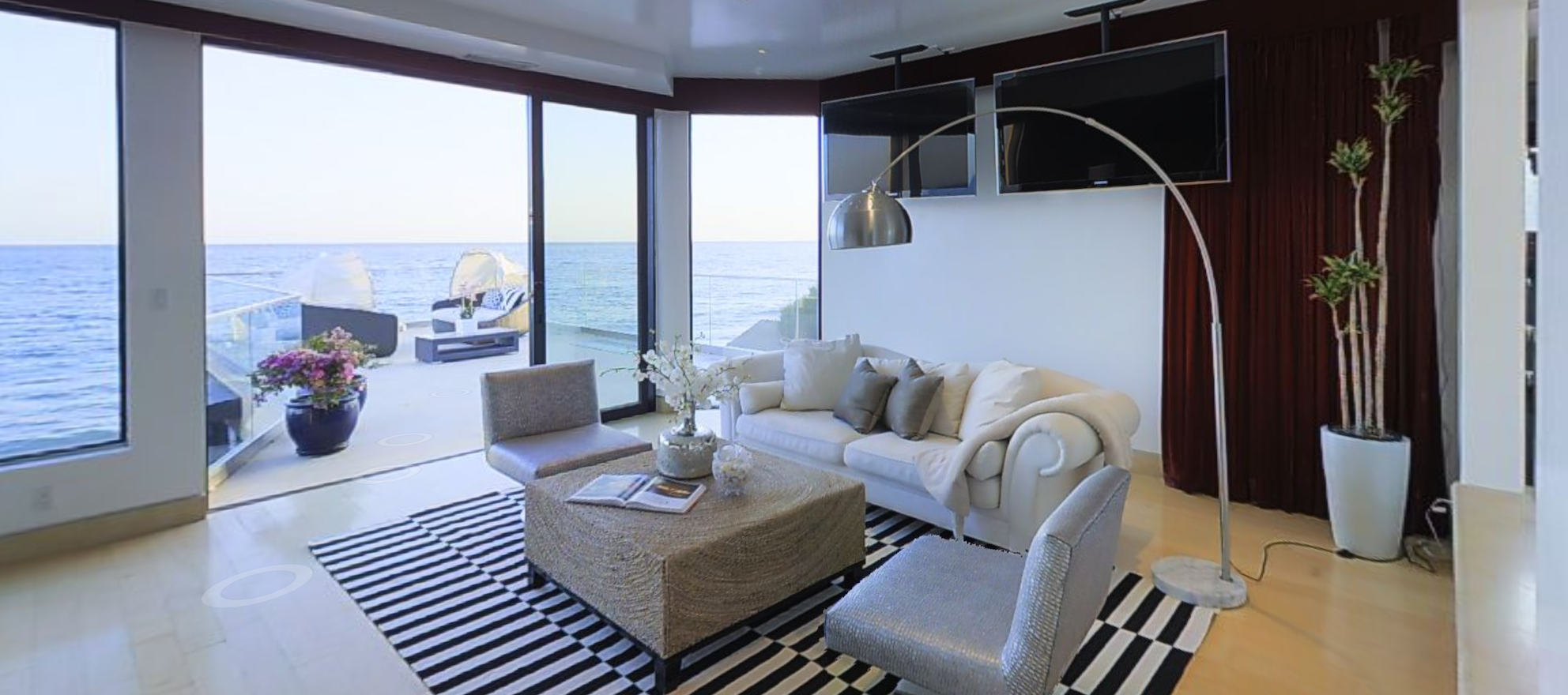 3-D home of the day: Elite beach community living