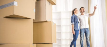 6 reasons buyers should never move in before closing