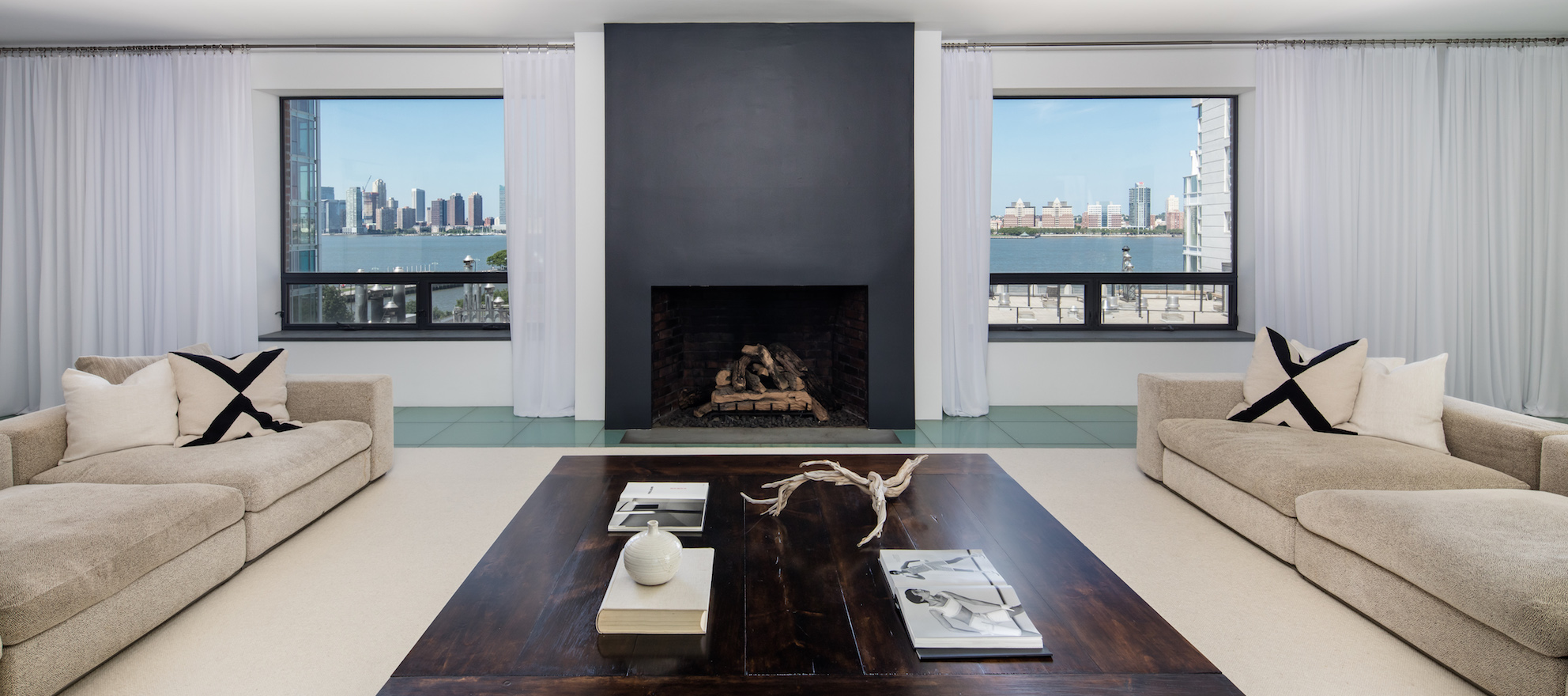 Luxury listing of the day: Immaculate 5-bedroom Manhattan penthouse