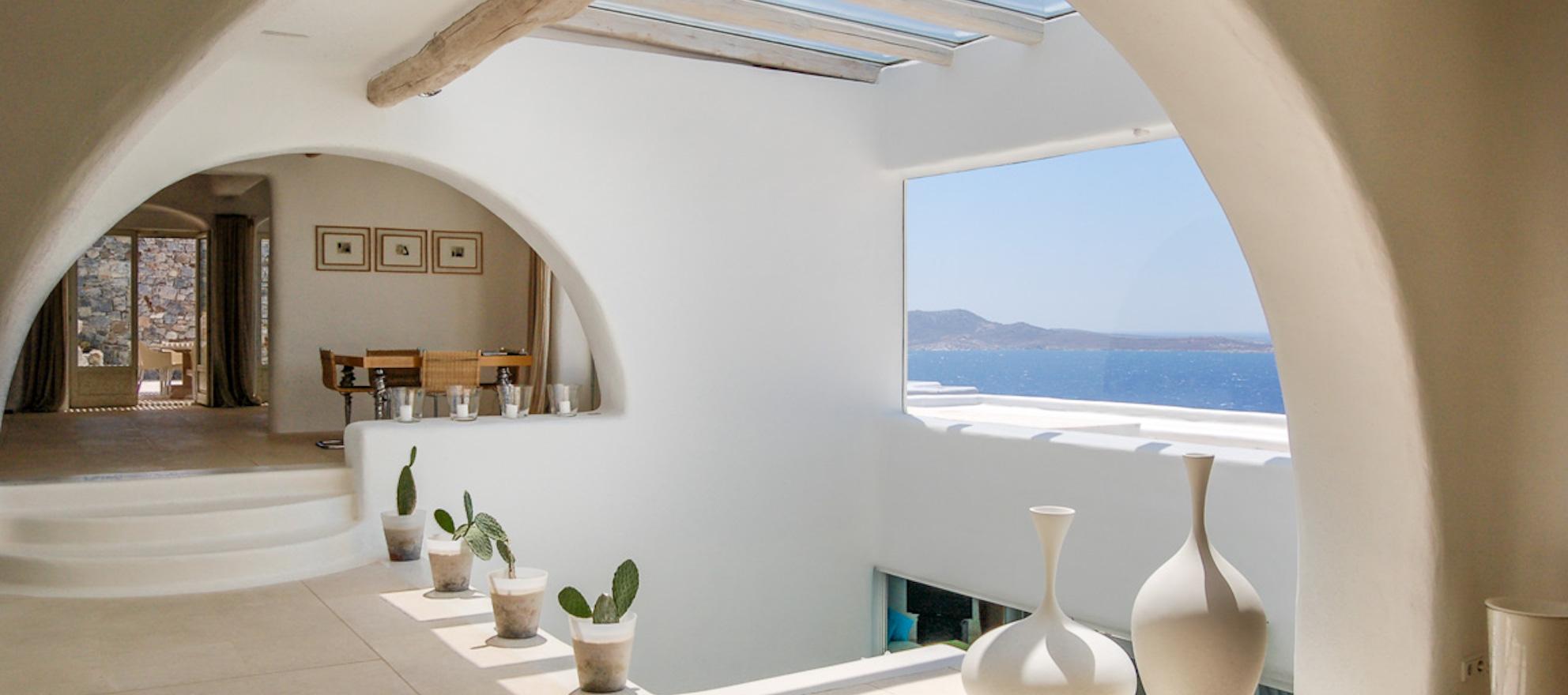 Luxury listing of the day: seaside estate in Mykonos