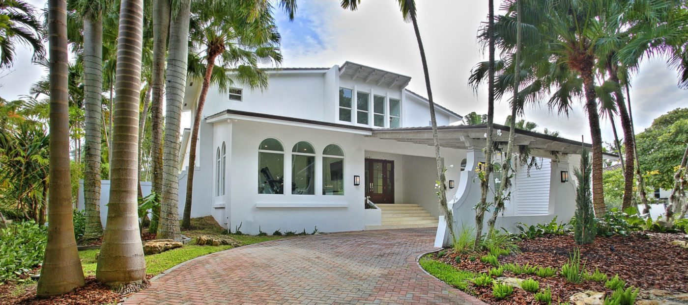 Luxury listing: fully renovated waterfront Cocoplum Estate