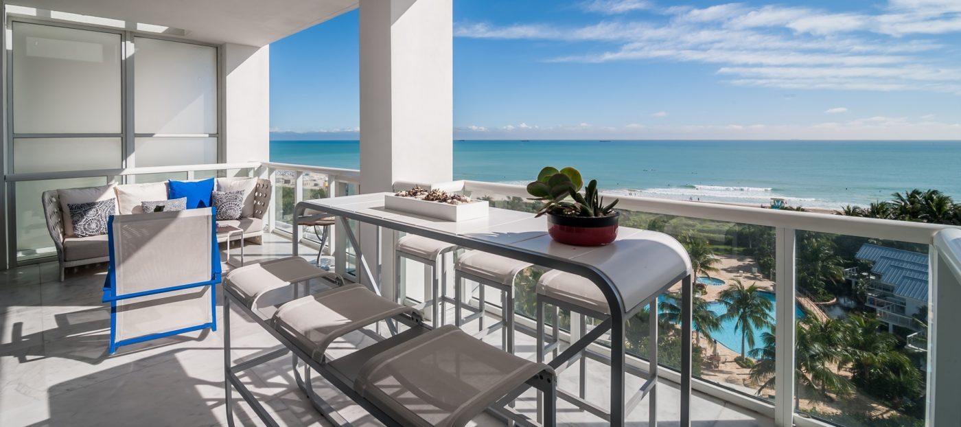 Luxury listing: modern elegance on the beachfront