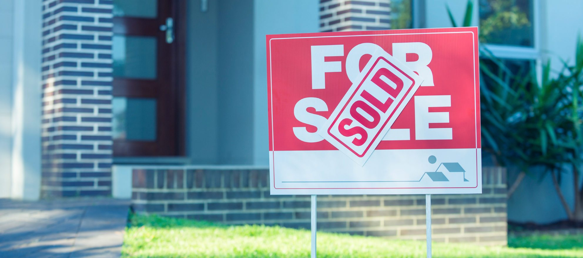 navigating seller's market as a real estate agent