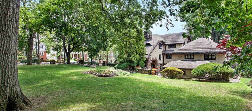 Luxury listing of the day: 'Gingerbread House' in Bay Ridge, NY