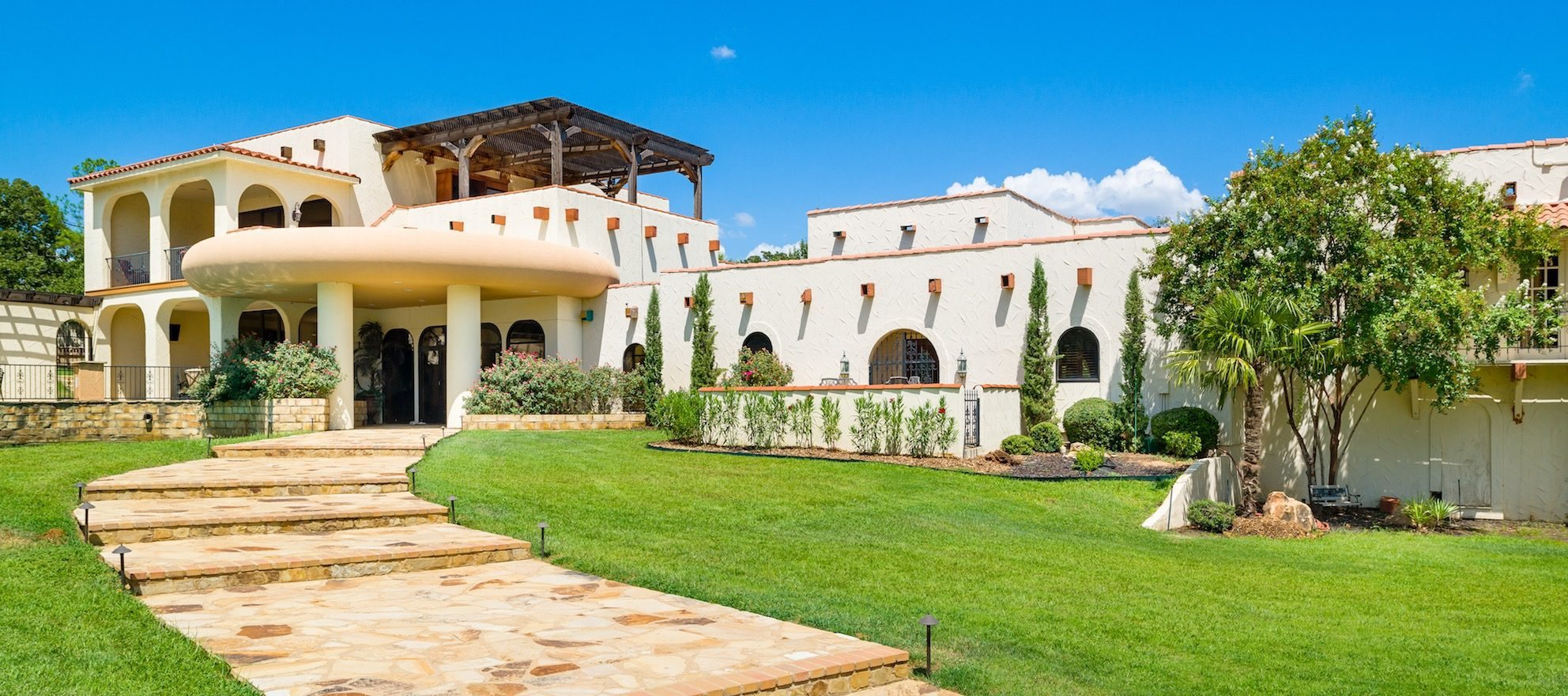 Luxury listing of the day: 5-building compound in Argyle, TX