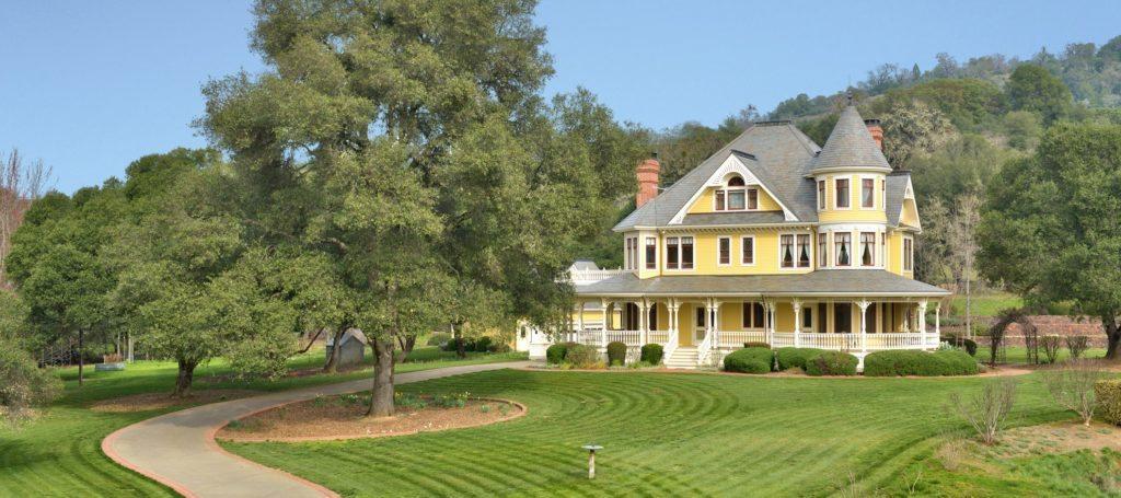 Luxury listing: Victorian estate on massive acreage