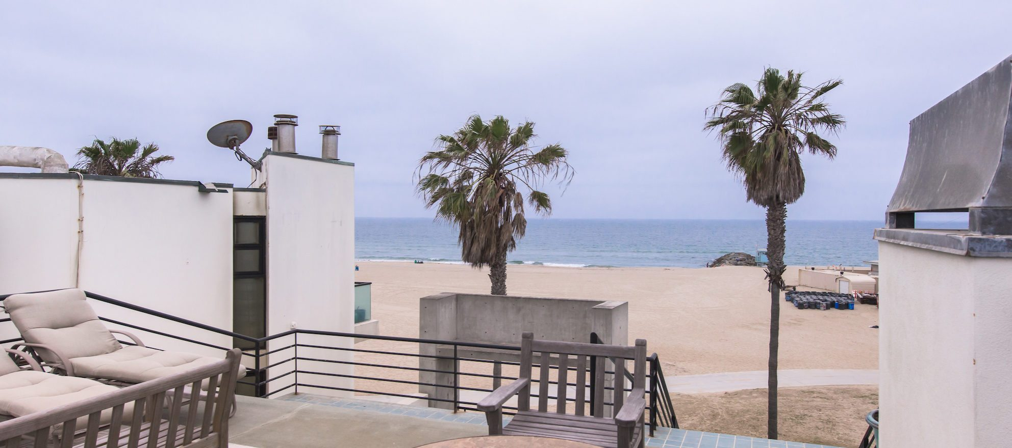 Luxury listing: Venice Beach House With Infinity Waterfall