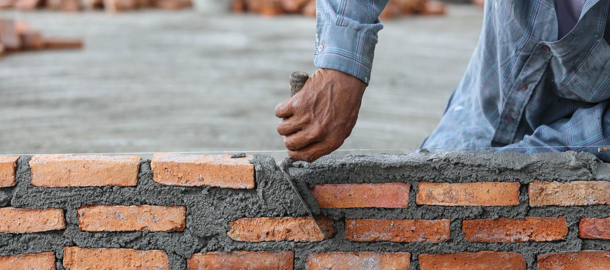brick-and-mortar brokerage