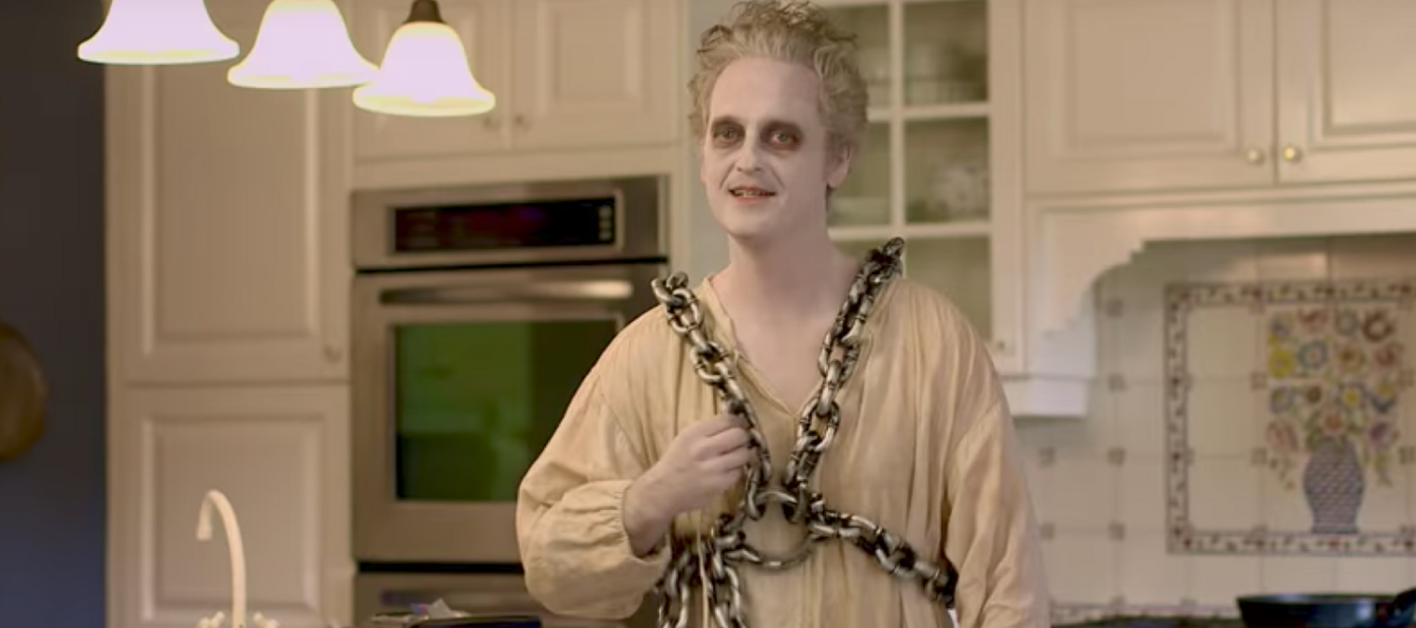 Sassy ghost steals the show in BuzzBuzzHome's new Halloween ad