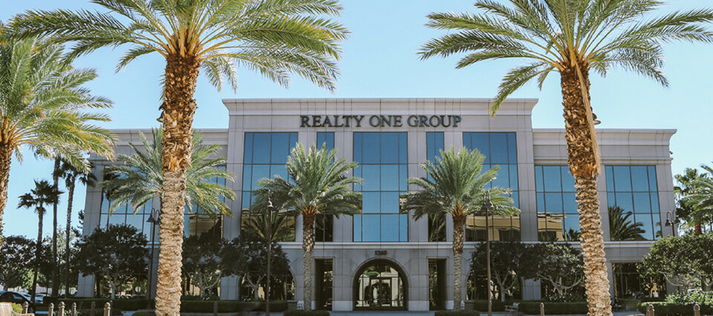 vinnie tracey realty one group