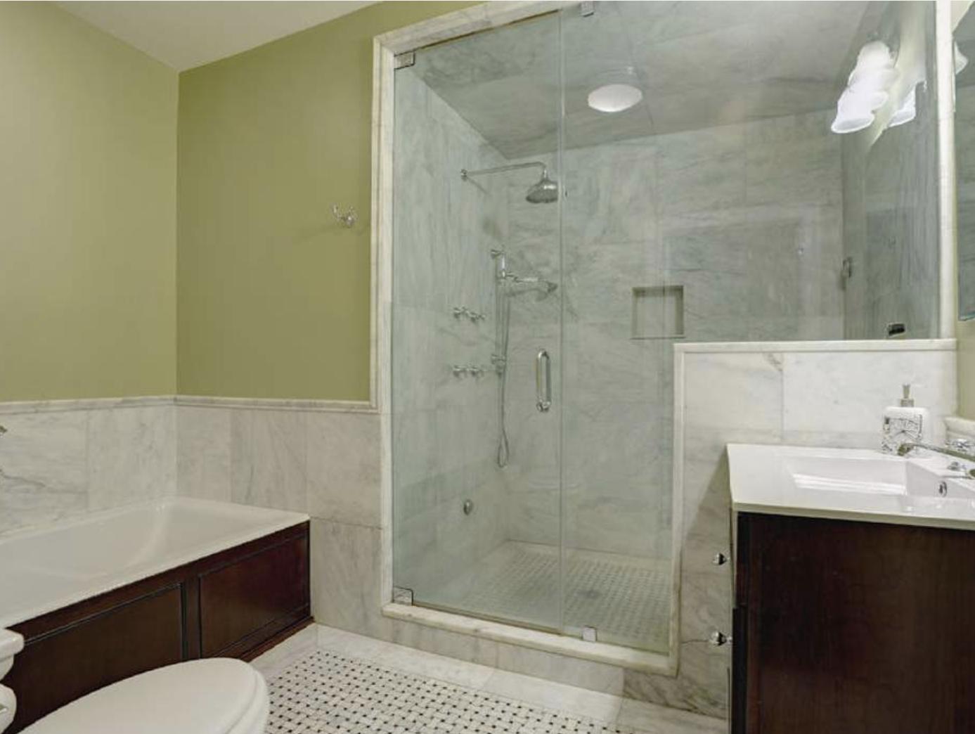 Sotheby's listing for 29 Howard St. Unit 4 bathroom