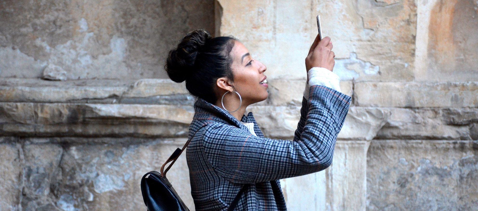 social media, millennial buyers