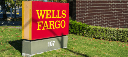 Wells Fargo blames 400 improper foreclosures on computer glitch