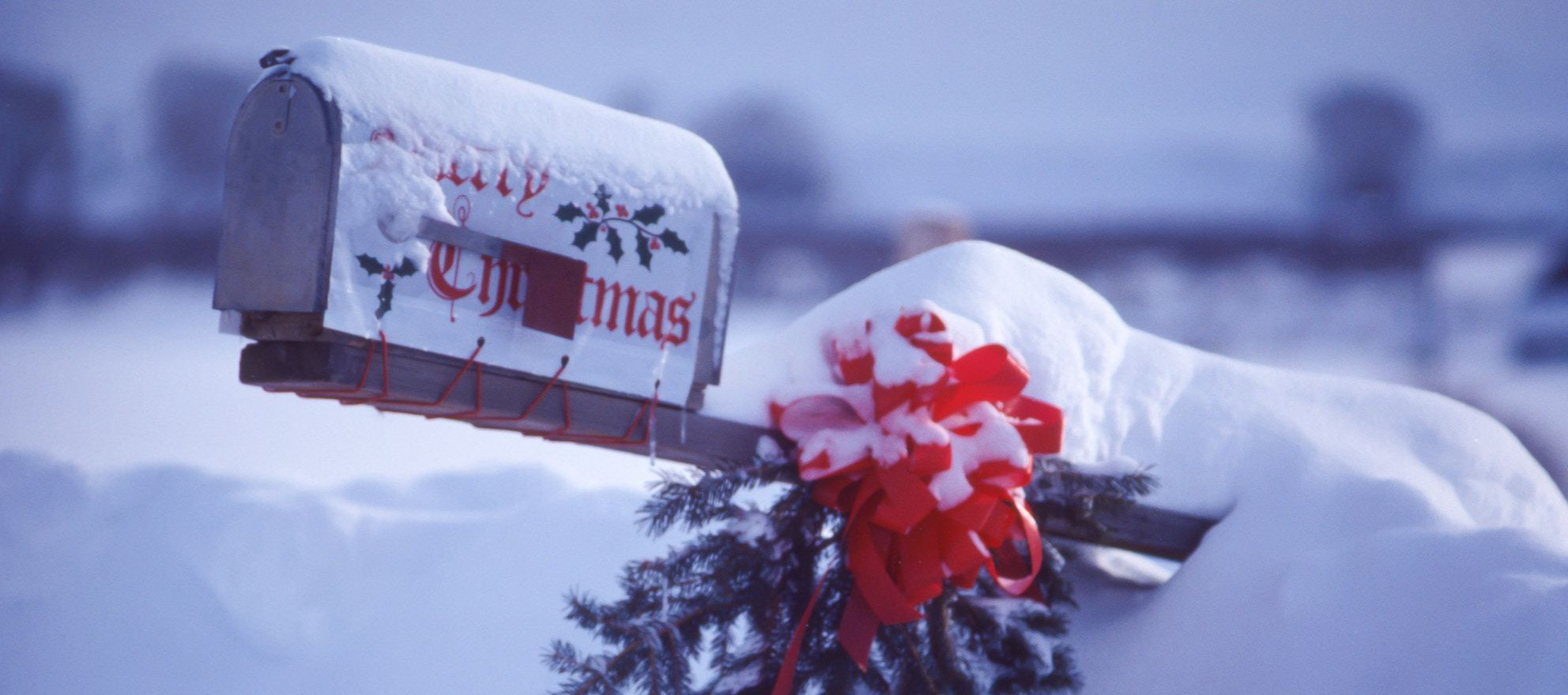 How to sell a home during the holidays