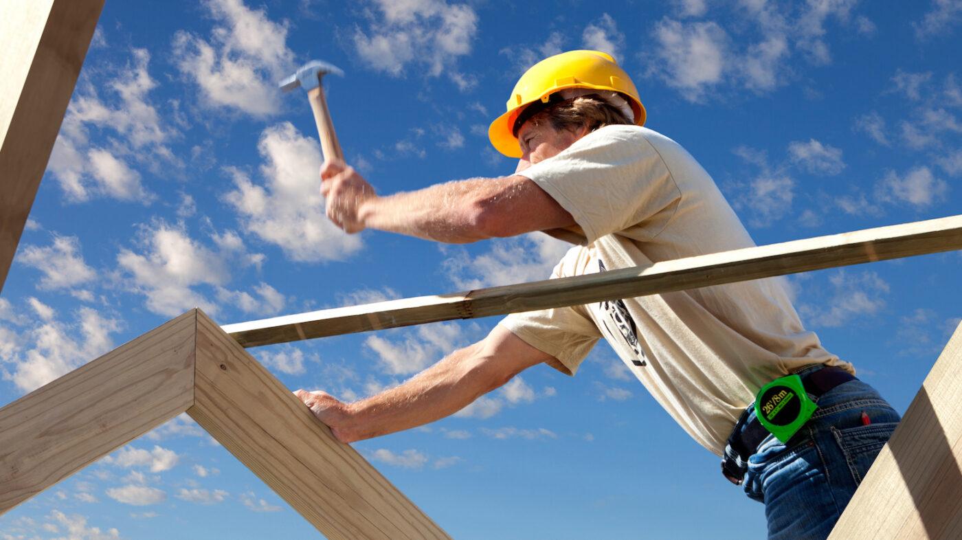 Homebuilders bolster workforce in July as real estate hiring slows