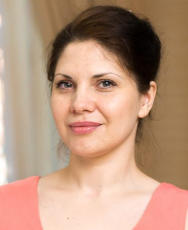 Elena Izyumova