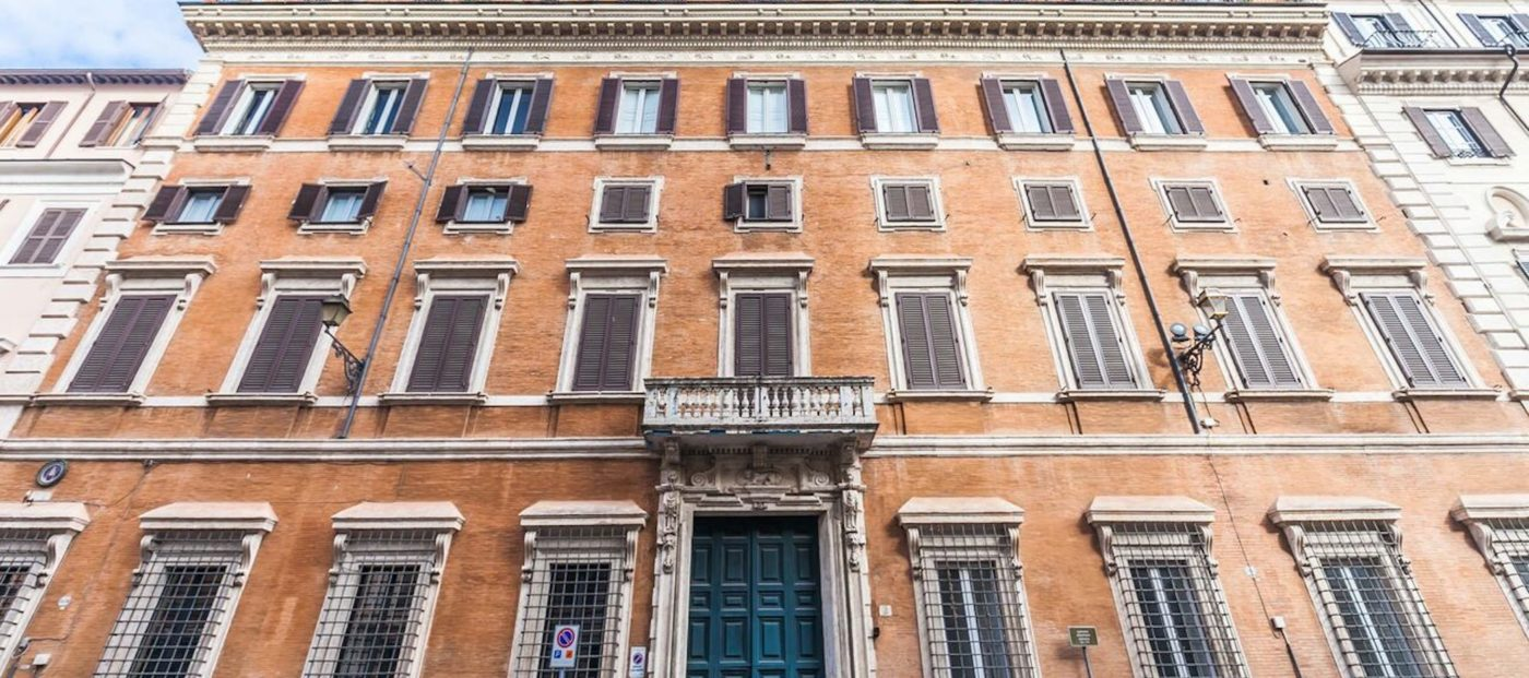 Historic Italian mansion is being auctioned via blockchain
