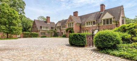 A Rockefeller Heiress's Former Estate Can Be Yours For $30M