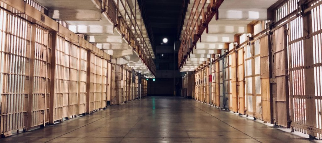 6 legal tips to help agents avoid prison