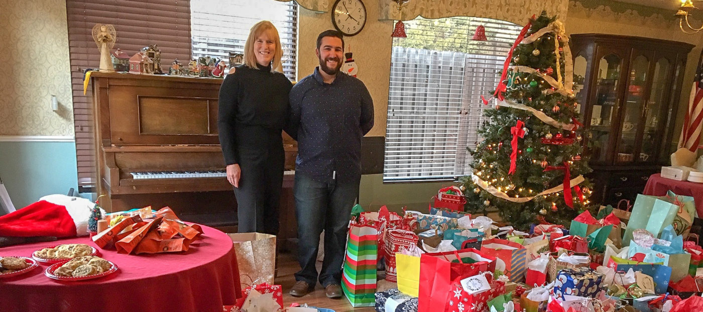 How two Realtors played Santa to their neighborhood senior center
