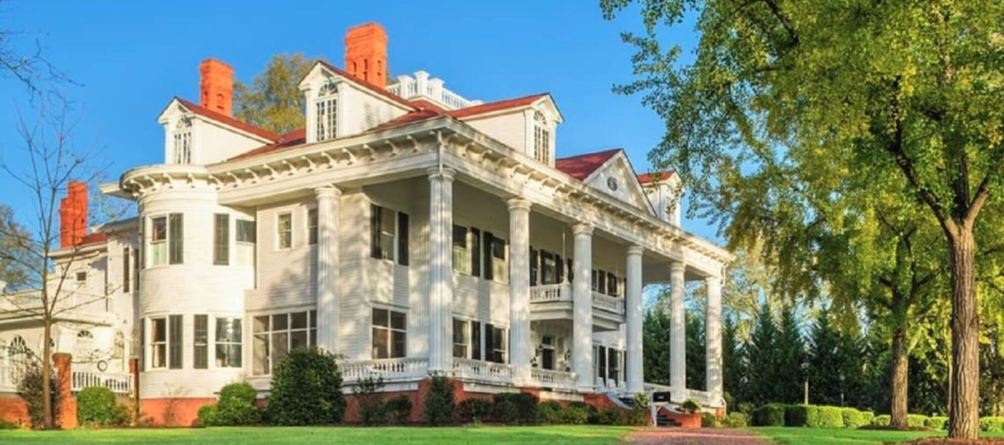 The 'Gone With The Wind' house is going up for auction