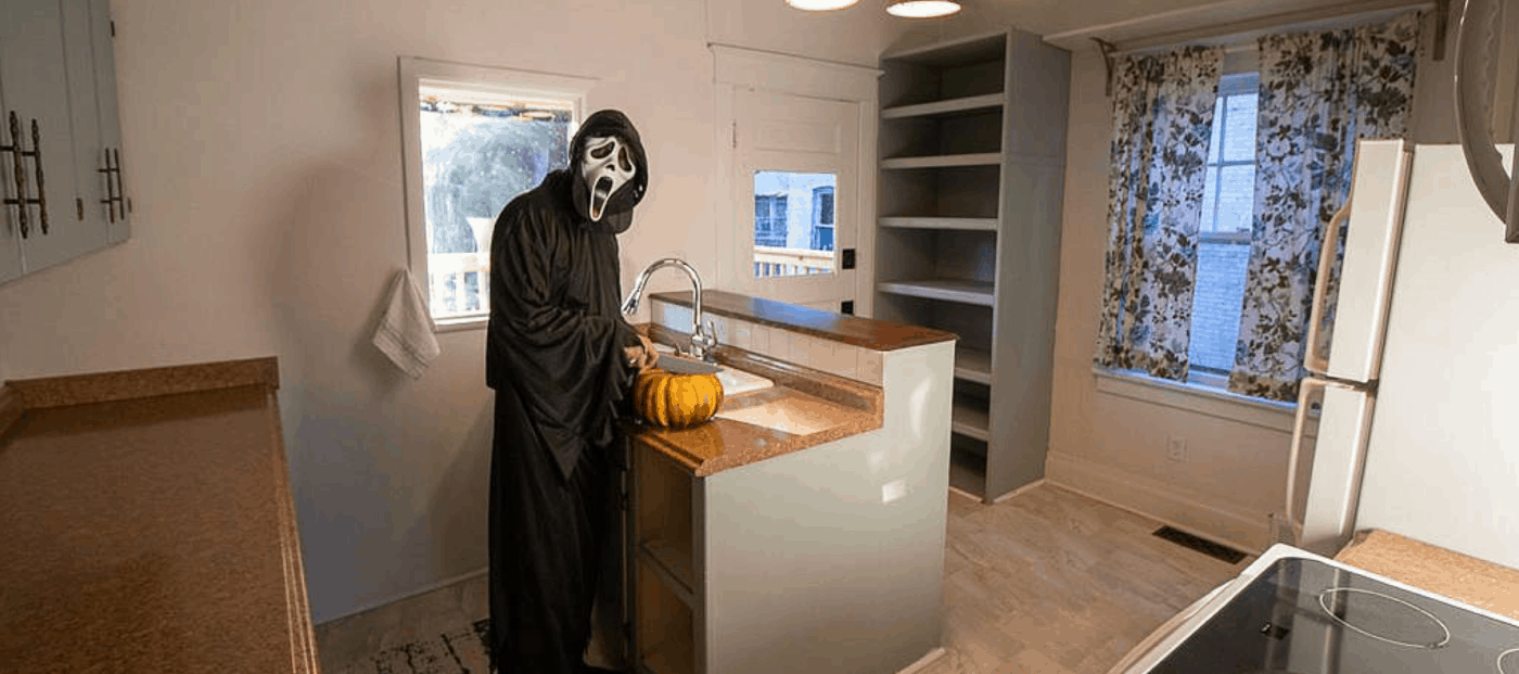 Just in time for Halloween, this horror-inspired listing is a 'Scream'