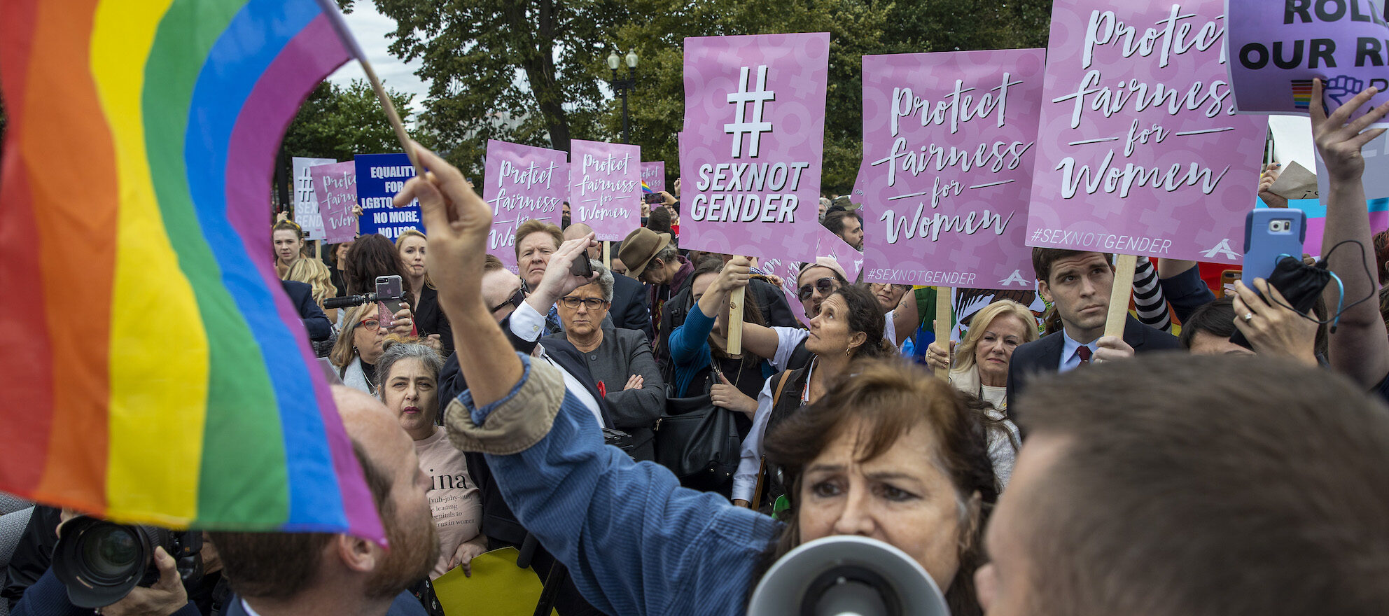 Supreme Court weighs LGBT workplace discrimination
