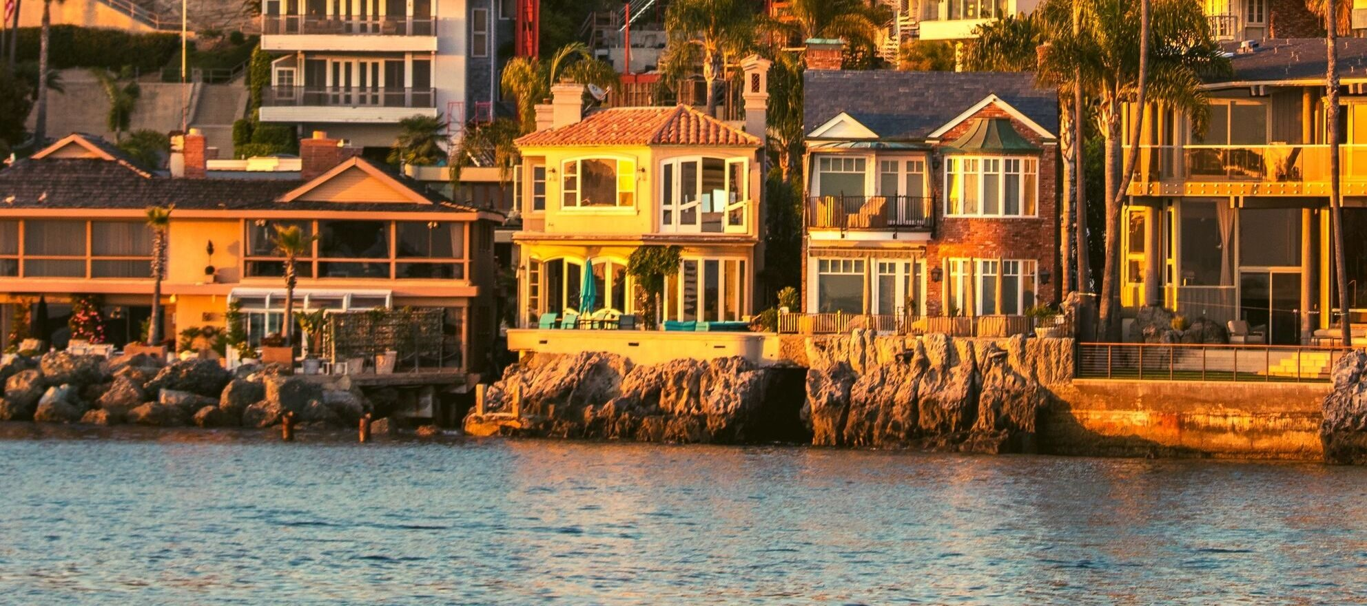 Life by the ocean: 6 tips for selling coastal homes