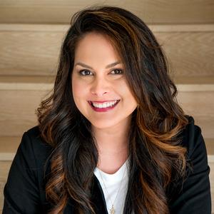 Lauren Kinkade Wong